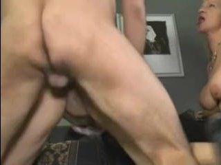 Порно с женщинами с большими сиськами и пышными попками