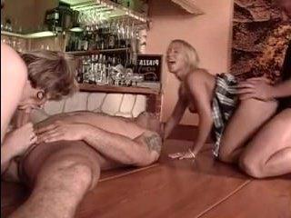 Девушек и бабку ебут в жопу и пизду подтянутые извращенцы