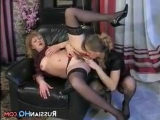 Красивое порно лесбиянок заставит кончить любого