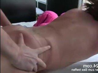 Секс со зрелой мамкой прошел на ура и закончился спермой во рту