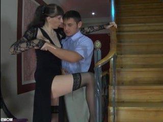 Русское порно со зрелыми и анально-вагинальным сексом